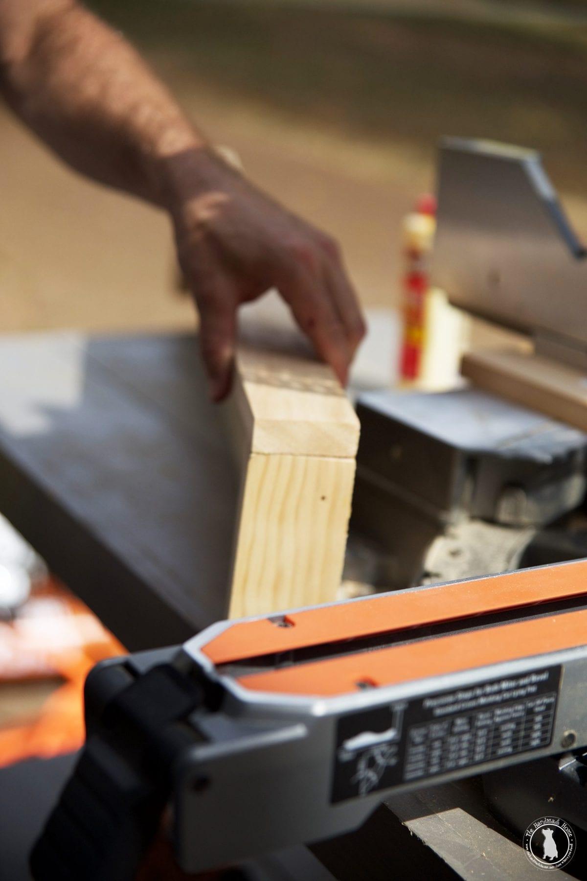 wooden_shelves
