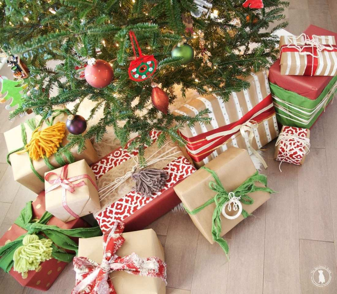christmas_ornaments_presents