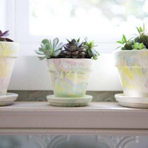 diy marbleized flowerpots