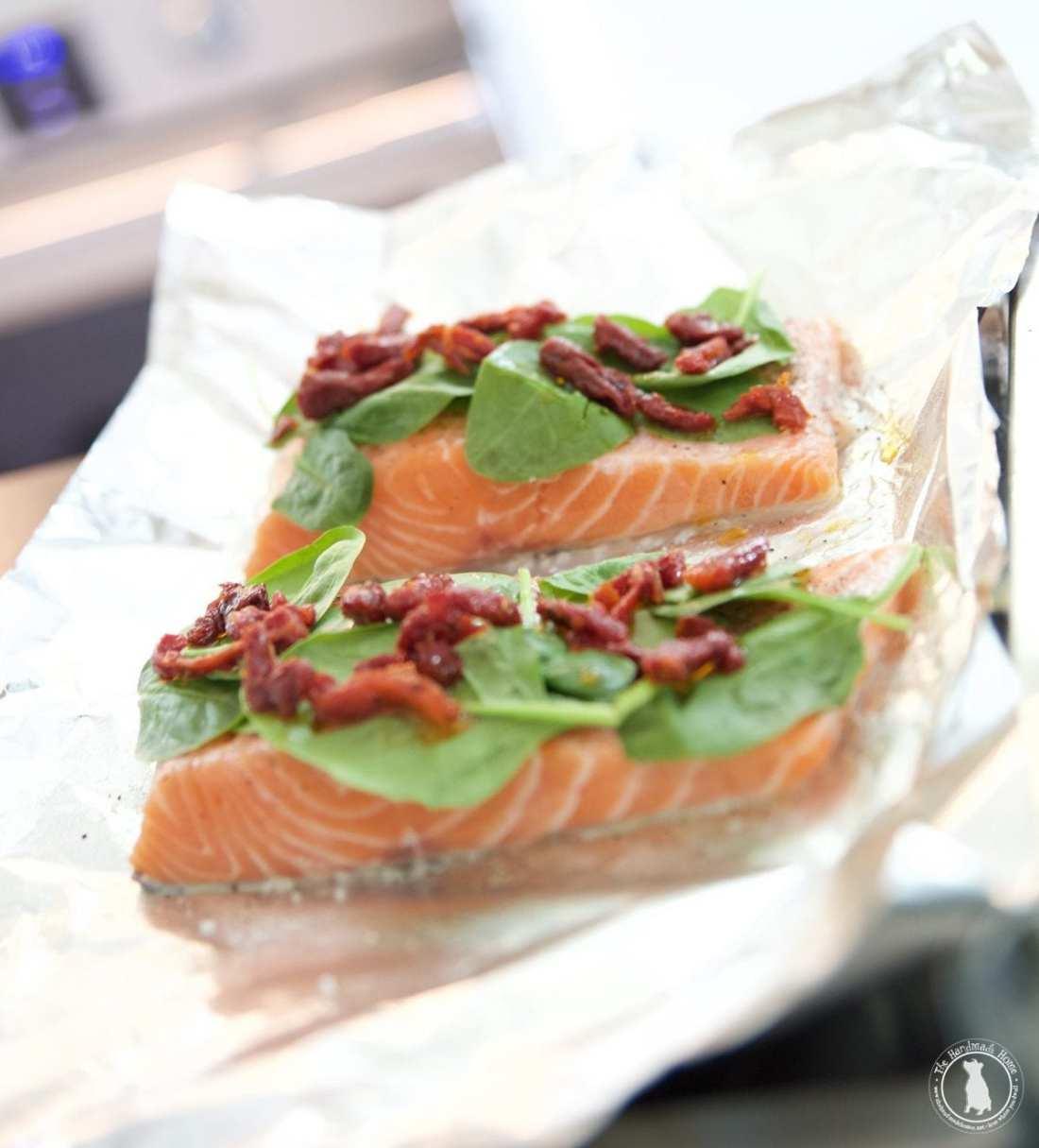 easy Mediterranean salmon - sun dried and feta