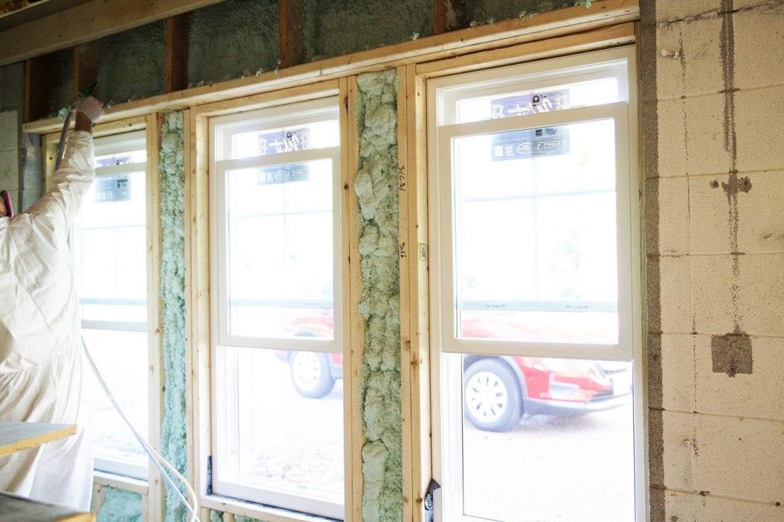 how to use spray insulation - diy home insulation
