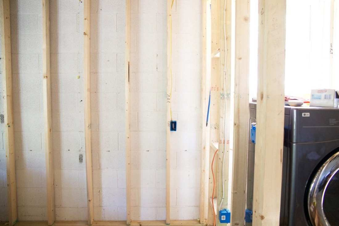 how to use spray insulation - seals off everything
