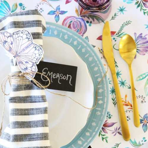 the cheater's guide to an easy spring tablescape