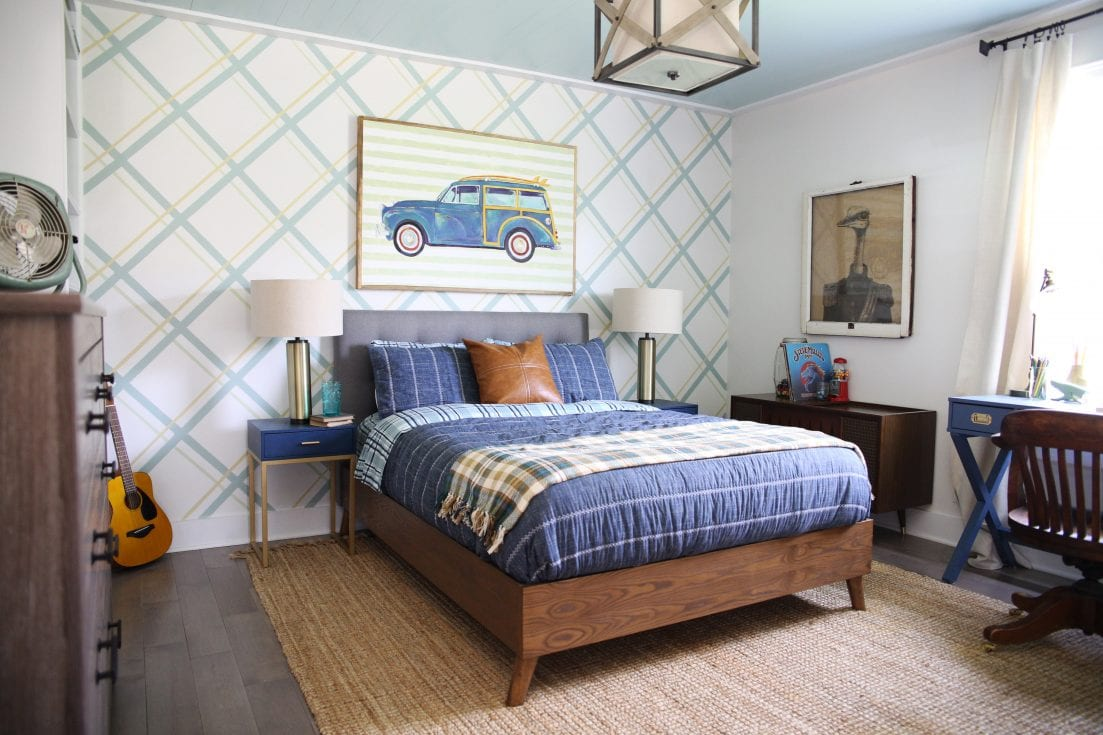 bedroom decorating tips - teen boy