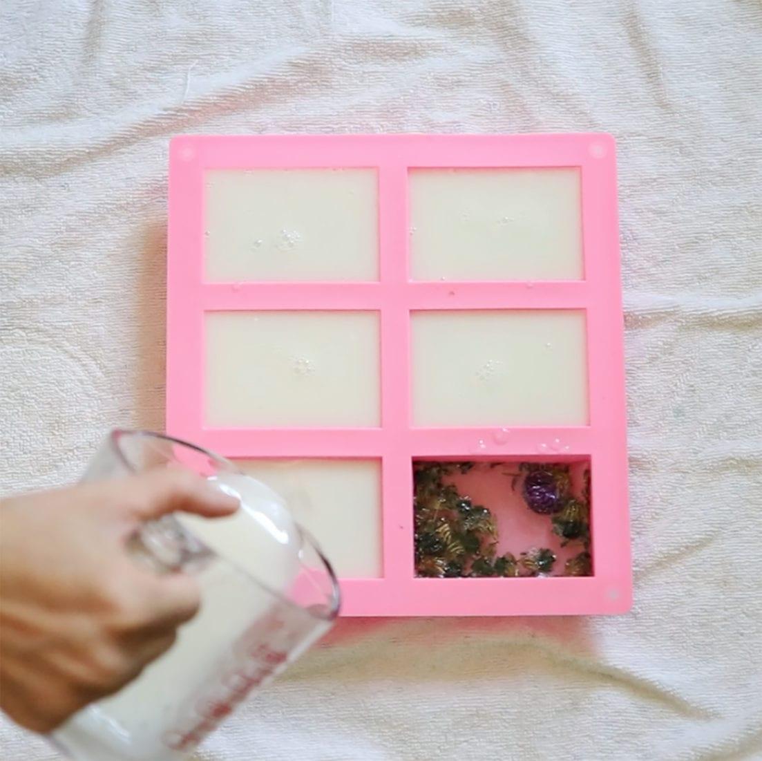 diy pressed flower soap