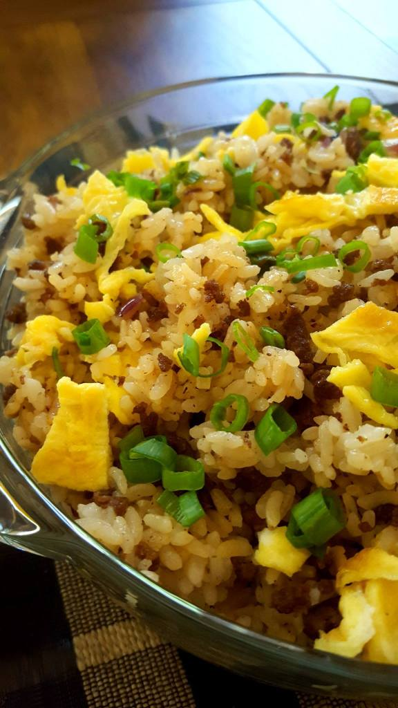 egg and beef fried rice