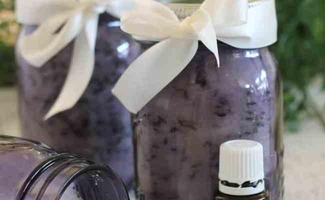 Diy Gift Idea Homemade Lavender Bath Salts The Happier