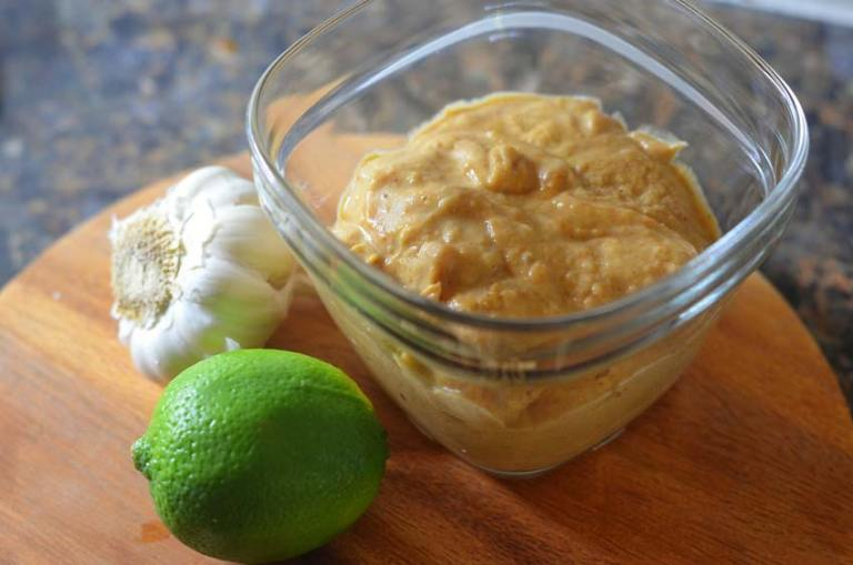 Asian-inspired peanut sauce peanut butter ginger lime stir fry. Low-carb, keto, gluten-free, grain-free