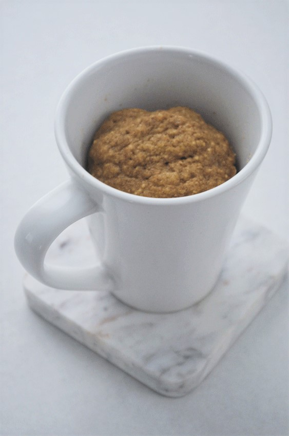 grain-free low-carb keto mug cake cinnamon breakfast