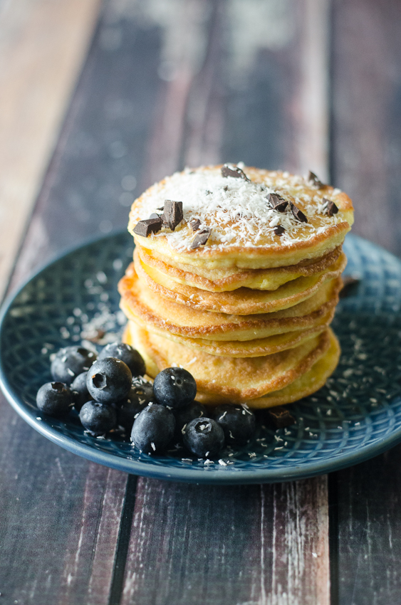 These low-carb pancakes are an incredibly simple recipe to make. Quick, easy and tasty, what more could you need? Easily customizable, you can add in whatever flavoring or toppings you enjoy. Gluten-free, grain-free, ketogenic, low-carb, Paleo and dairy-free!