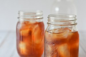 A simple iced tea recipe made in the refrigerator overnight. No heating required, perfect for those hot summer days! To sweeten, simply add in a liquid sweetener, like stevia, as granulated sugar will not easily dissolve in a cold drink. Easily customizable, add in some lemon, orange, mint or your favorite berries.