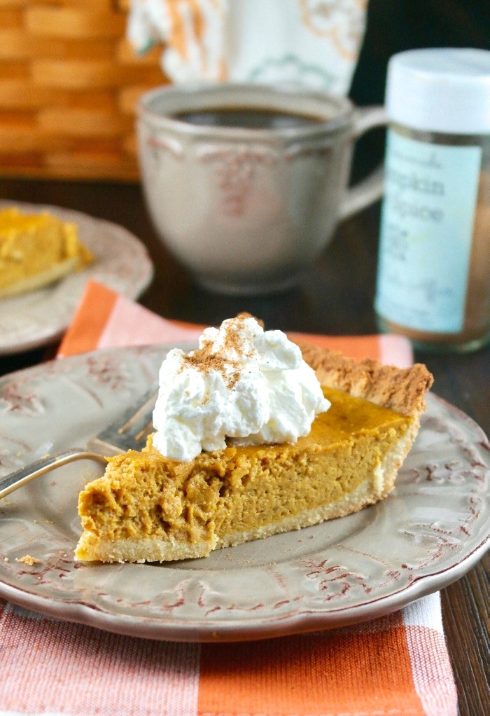 Easy Keto Pumpkin Pie Recipe From Scratch