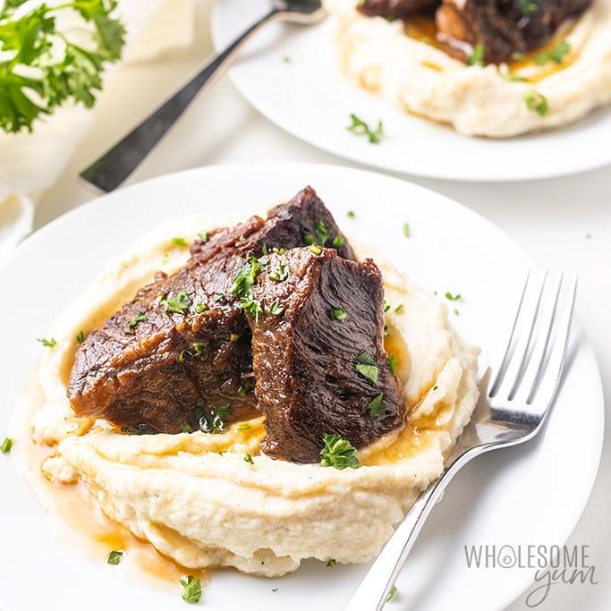 Easy Instant Pot Beef Short Ribs Recipe (5 Ingredients!)