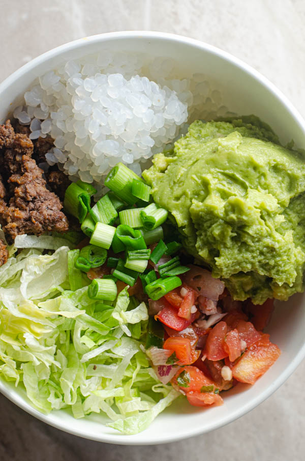 A delicious and incredibly simple meal, these keto taco bowls come together in around 20 minutes! Low-carb, whole30, dairy-free.