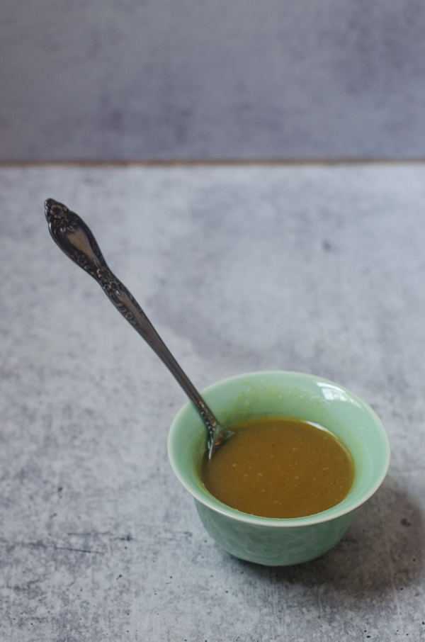 The easiest honey mustard ever takes just minutes to make, and is downright delicious! It is also free from common allergens and is gluten-free, vegetarian and paleo.