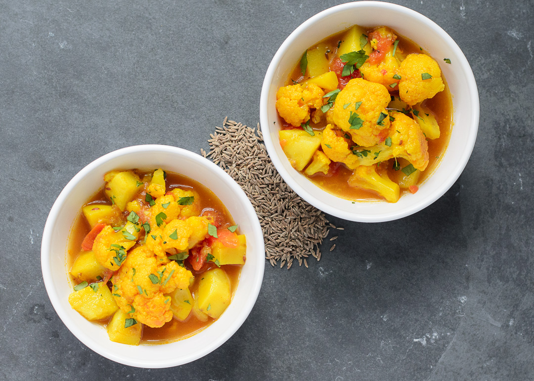 Cauliflower and Potato in Tomato Cumin Broth ~ Fulaver, Bataka, ane Tameta nu Shak