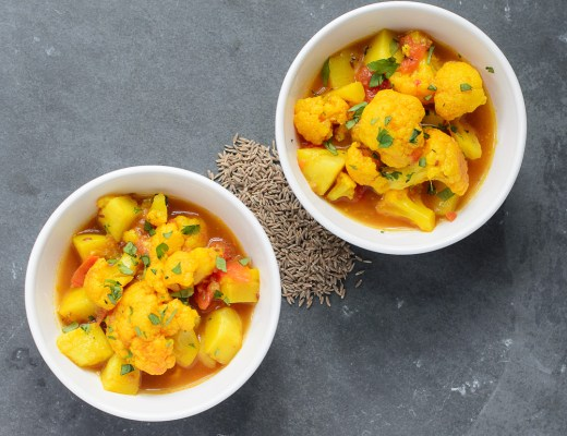 Cauliflower and Potato in Tomato Cumin Broth ~ Fulaver, Bataka, ane Tameta nu Shak