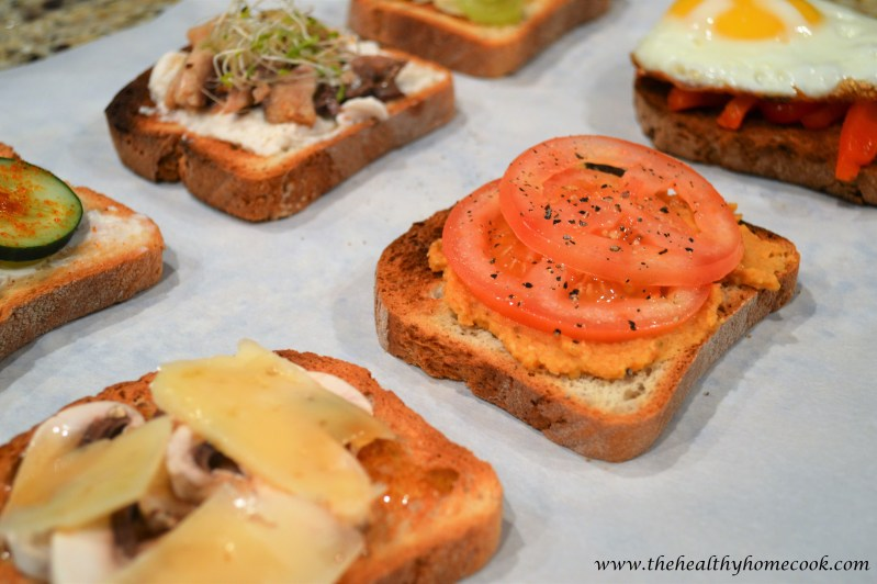 6 of my favorite crostini combinations that are perfect for a big party or small get together at home.