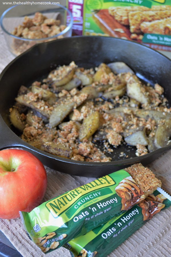 You've been eating apples the wrong way for too long! Enjoy them in this delicious, flavor-packed recipe for Sauteed Apples with Crunchy Oats.