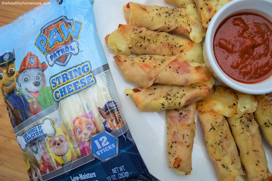These Pupperoni Baked Cheese Sticks are a snack you can feel great about feeding your family.
