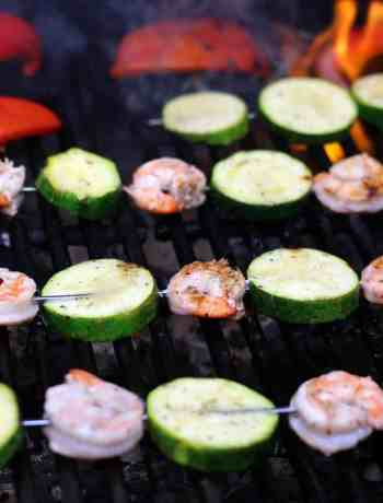 Grilling shrimp and zucchini kabobs
