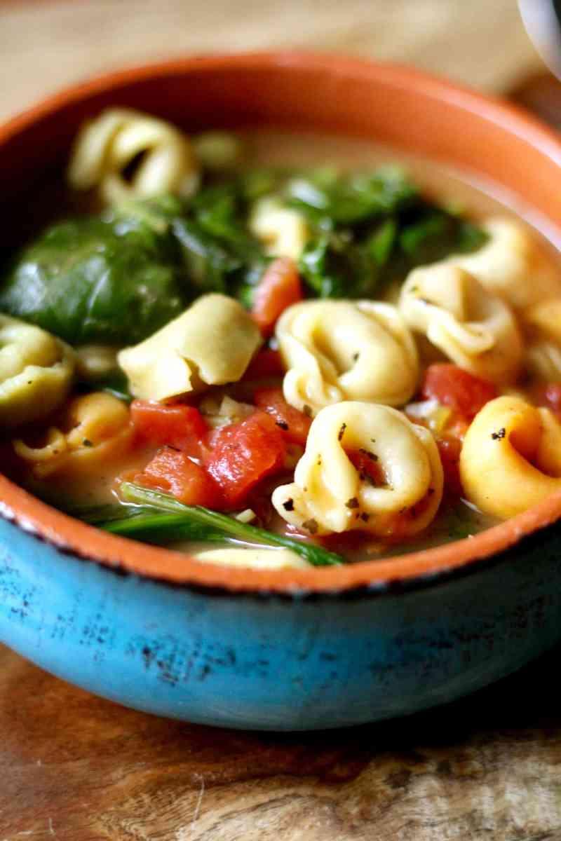 Italian Tortellini Spinach Soup