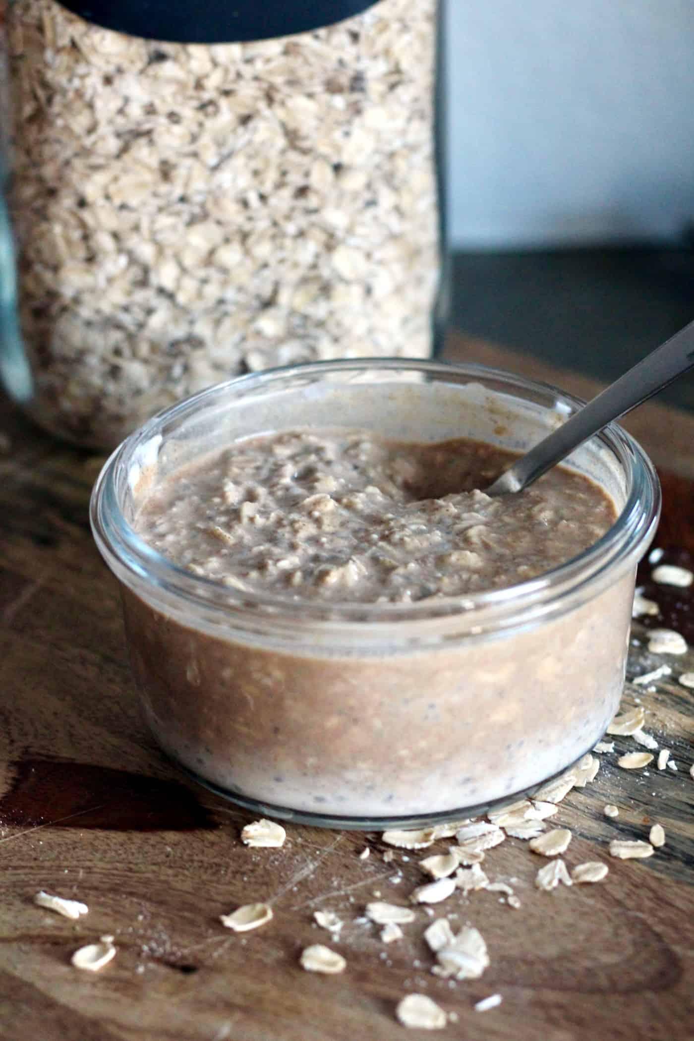 Protein Cinnamon Roll Overnight Oats