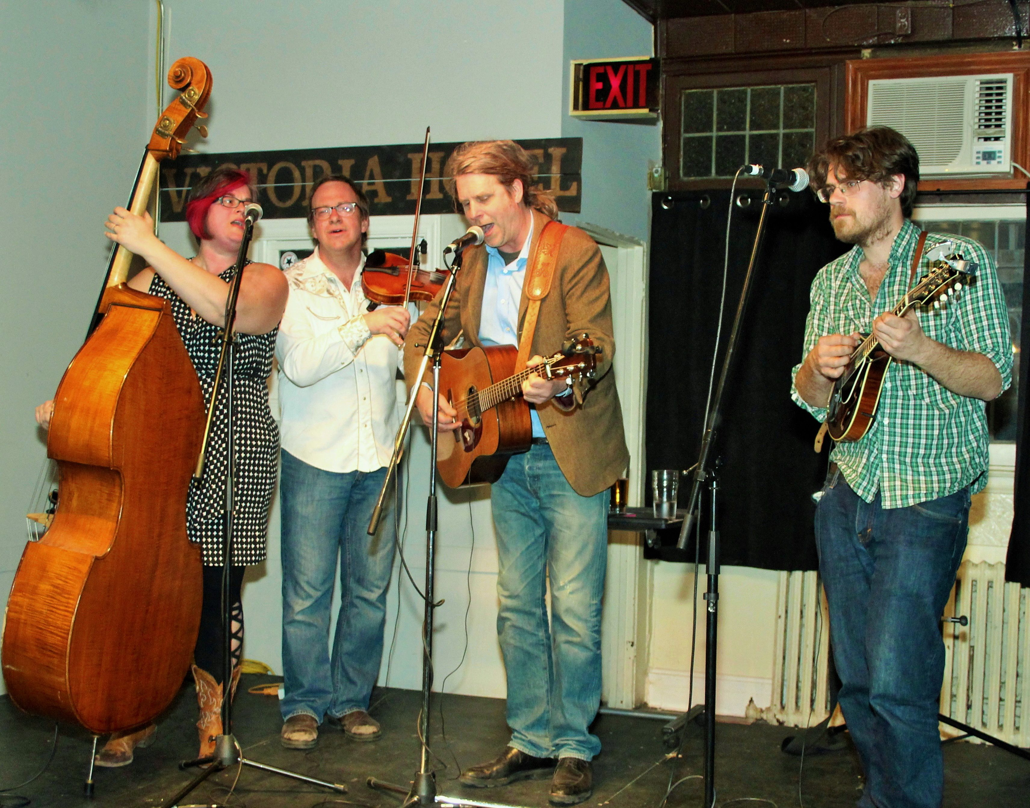stringband performing