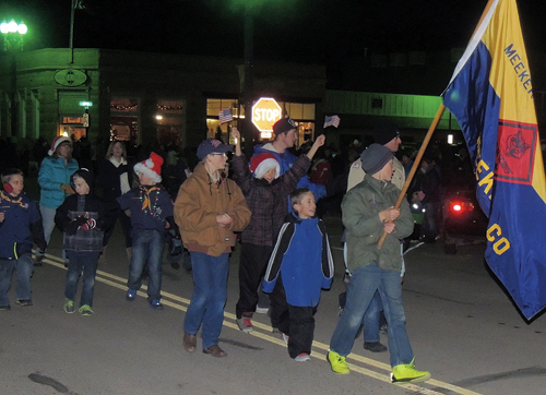phmkParadeMeekerCubScouts