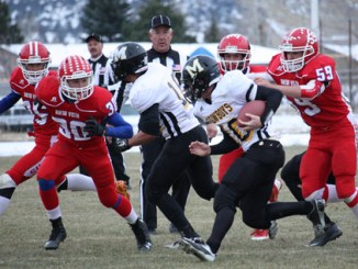 Meeker running back T.J. Shelton takes off on a run against Buena Vista on Saturday.