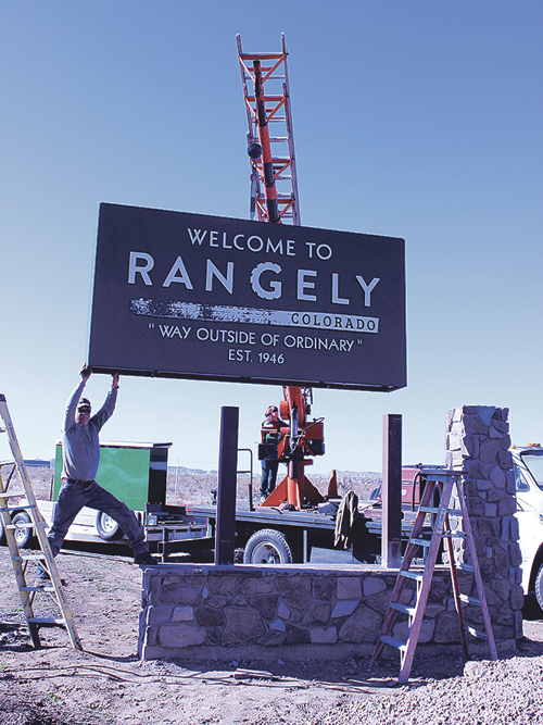 b rg town sign1