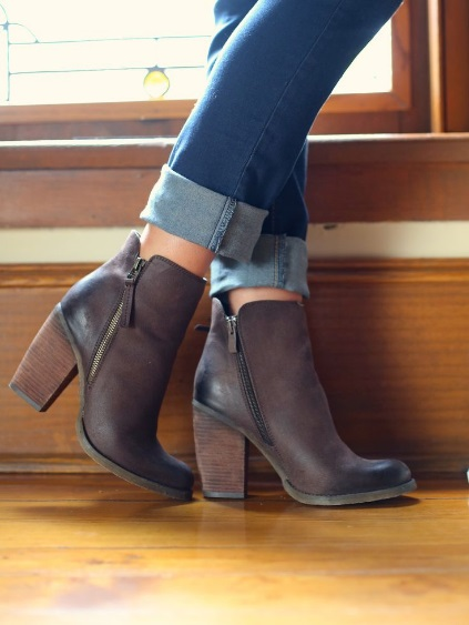How to Wear Short Boots High Block Heel