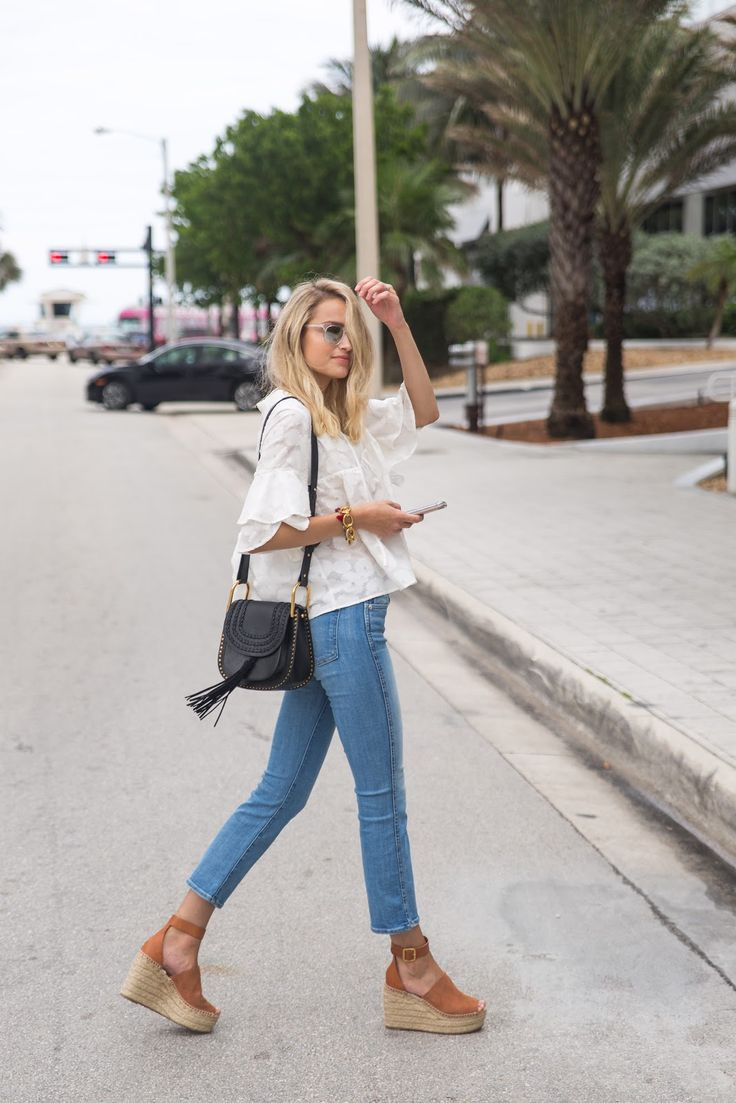 Outfits with Wedges blue jeans