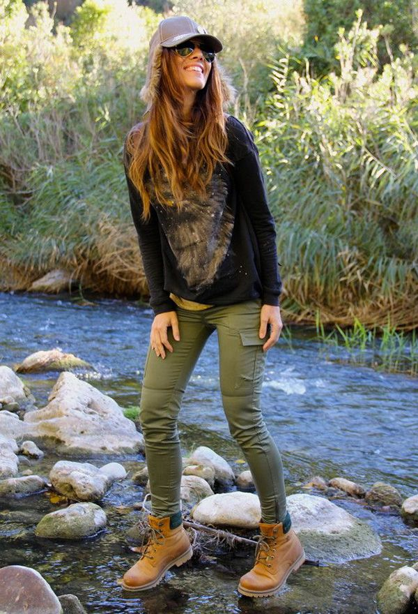 Fashionable hiking outfits trendy