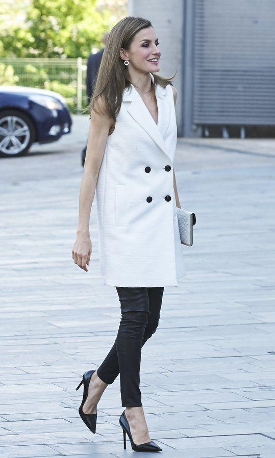 Queen Letizia of Spain black leggings