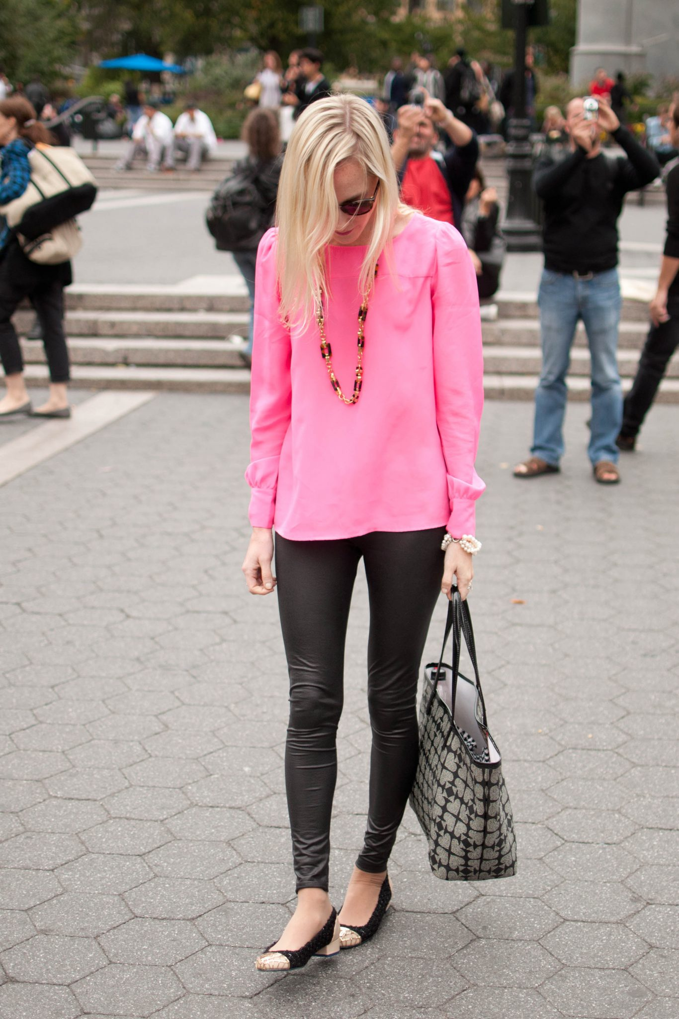 Forum on this topic: 10 Best Shoes To Wear With Leggings, 10-best-shoes-to-wear-with-leggings/