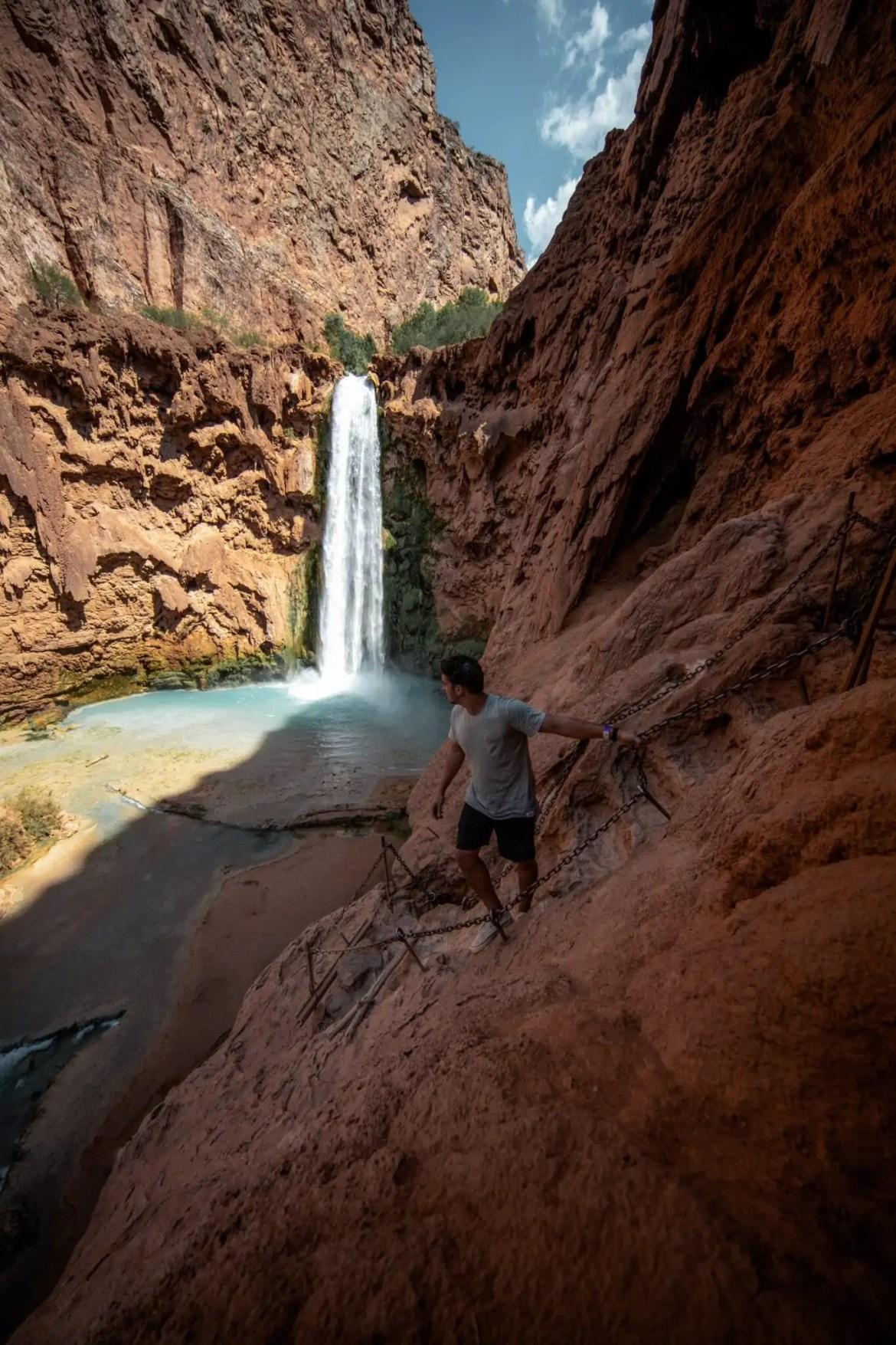 Mooiste watervallen van de wereld logan-lambert-snw_B8EK2jQ-unsplash