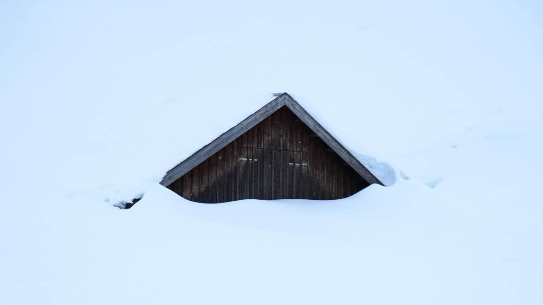 huttentocht hutten in de winter