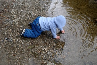 children in nature, hiking with kids, Boardman Lake, kids in water