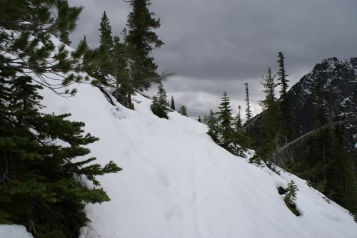 longs pass, hiking with kids, snowy hike