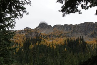 north cascades, larch hike, fall colors, blue lake trail