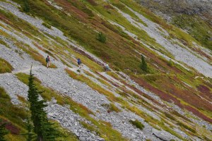 chain lakes trail, mt. baker, best hikes for kids, fall colors, fall foliage,
