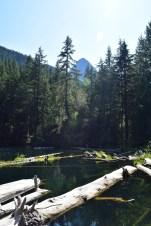 pyramid lake hike, north cascades, summer hiking, lake,