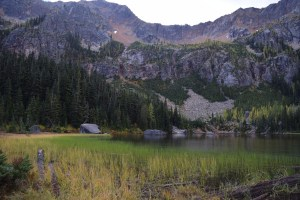 cutthroat lake, north cascades, best hikes for kids, fall colors, larches