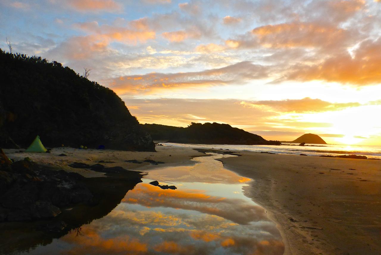 Sunset at Evans Creek | SW Tasmania Traverse, 2016