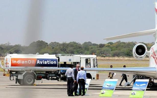 Jet fuel price cut by 3%