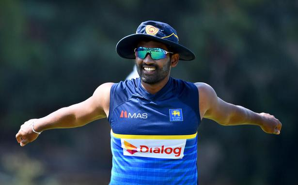 Thisara Perera becomes first Sri Lankan to hit six sixes in an over