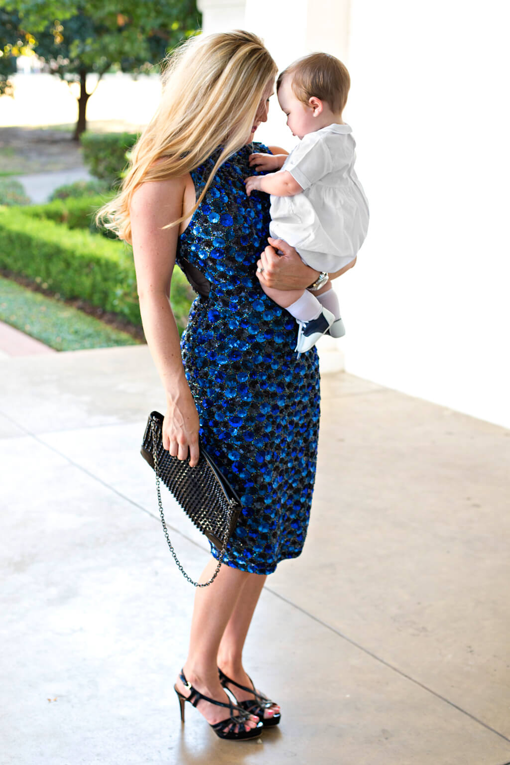 Blue and Black Sparkles // Boy Mom // www.thehisfor.com