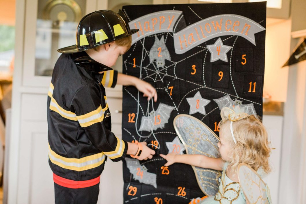 Halloween with Pottery Barn Kids // Halloween party decor and costumes // www.thehisfor.com
