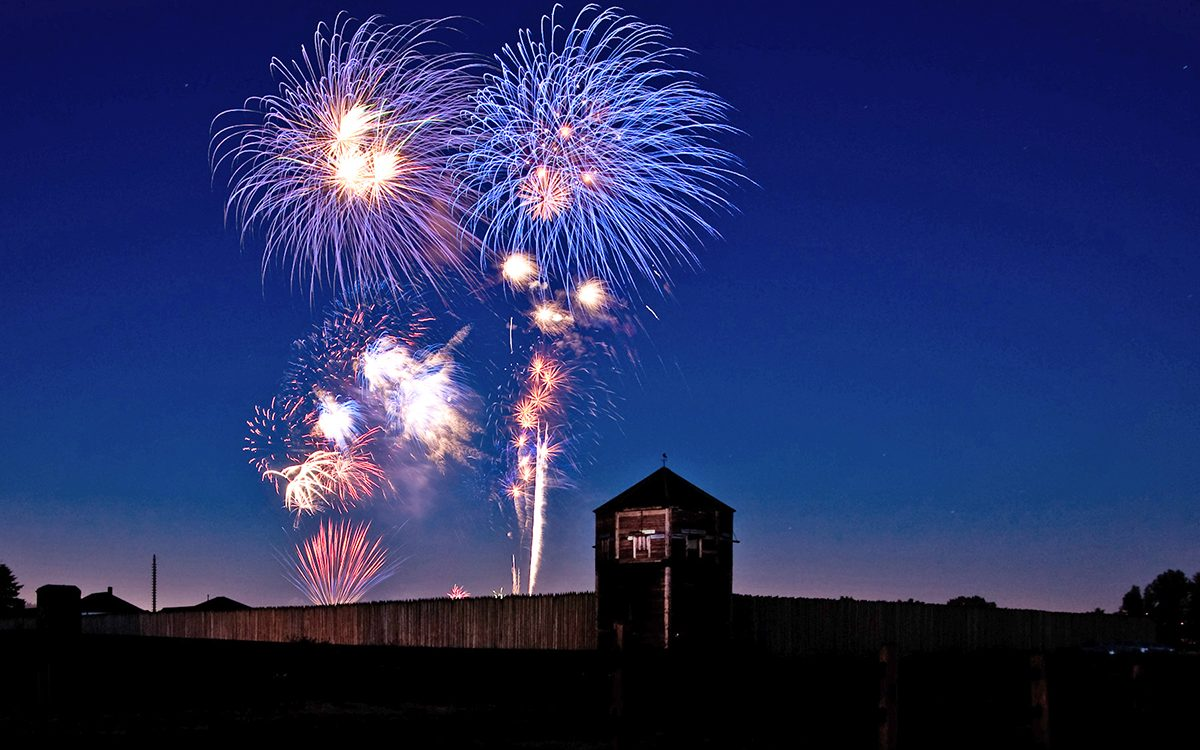 hight resolution of fireworks at fort vancouver 2017 bob holcomb web
